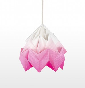 Studio Snowpuppe Moth Light Gradient Pink
