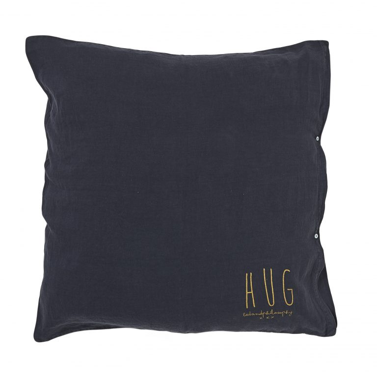 Bed & Philosophy Hug Cushion Charbon