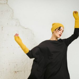 Kin Womens Long Sleeve Asymmetric Tee Black