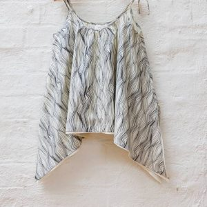 Kin Triangle Top Natural + Black Contour Print