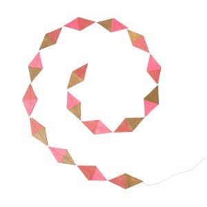 Muskhane Kite Garland Pink/Ultra Pink