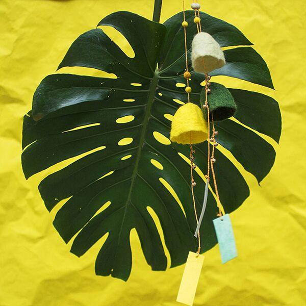 Muskhane Wind Bell Sulphur Flower