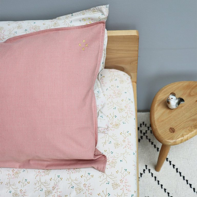 Camomile London Pillowcase Mini Check Coral